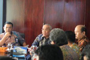 Deputi Bidang Koordinasi Sumber Daya Alam dan Jasa Agung Kuswandono Pimpin Rakor Garam
