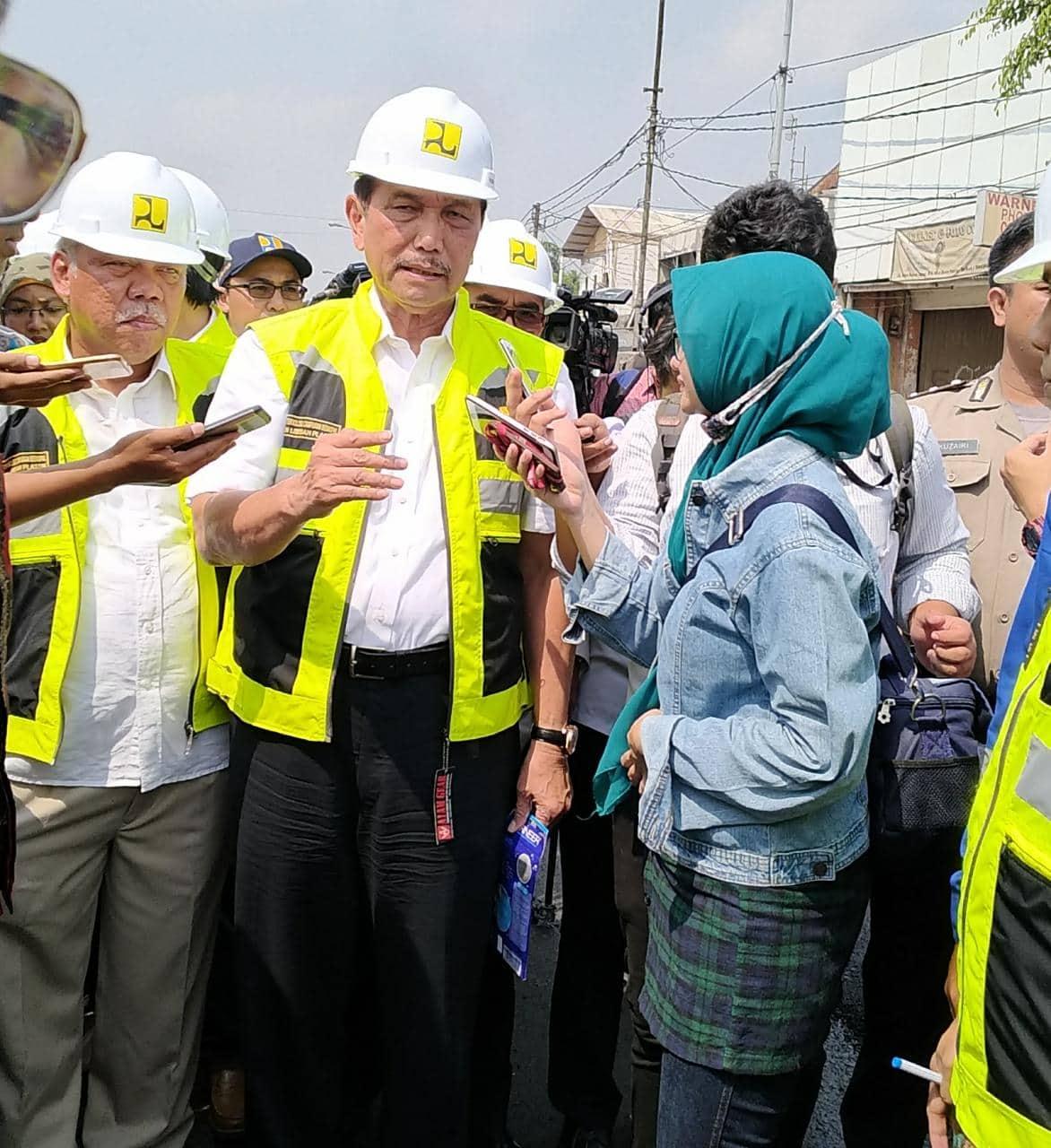 Kerja Bersama, Kemenko Maritim dan KemenPUPR Mulai Penerapan Aspal+Plastik di Jalan Nasional