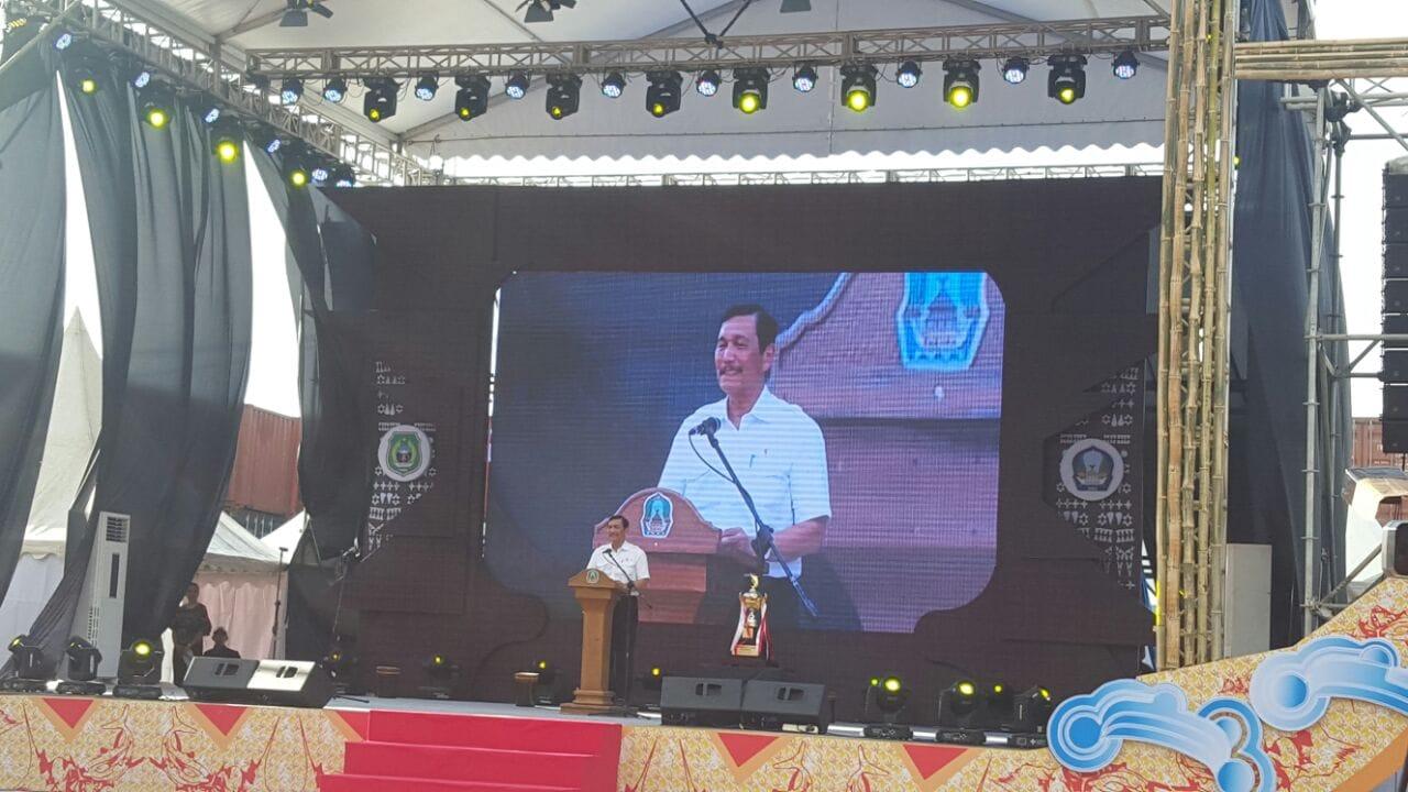 Menko Luhut membuka WIFT 2017 di Kepulauan Widi Maluku Utara