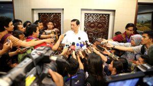 Menko Luhut Hadiri Konferensi Pers 3 Tahun Kabinet Kerja Jokowi-JK