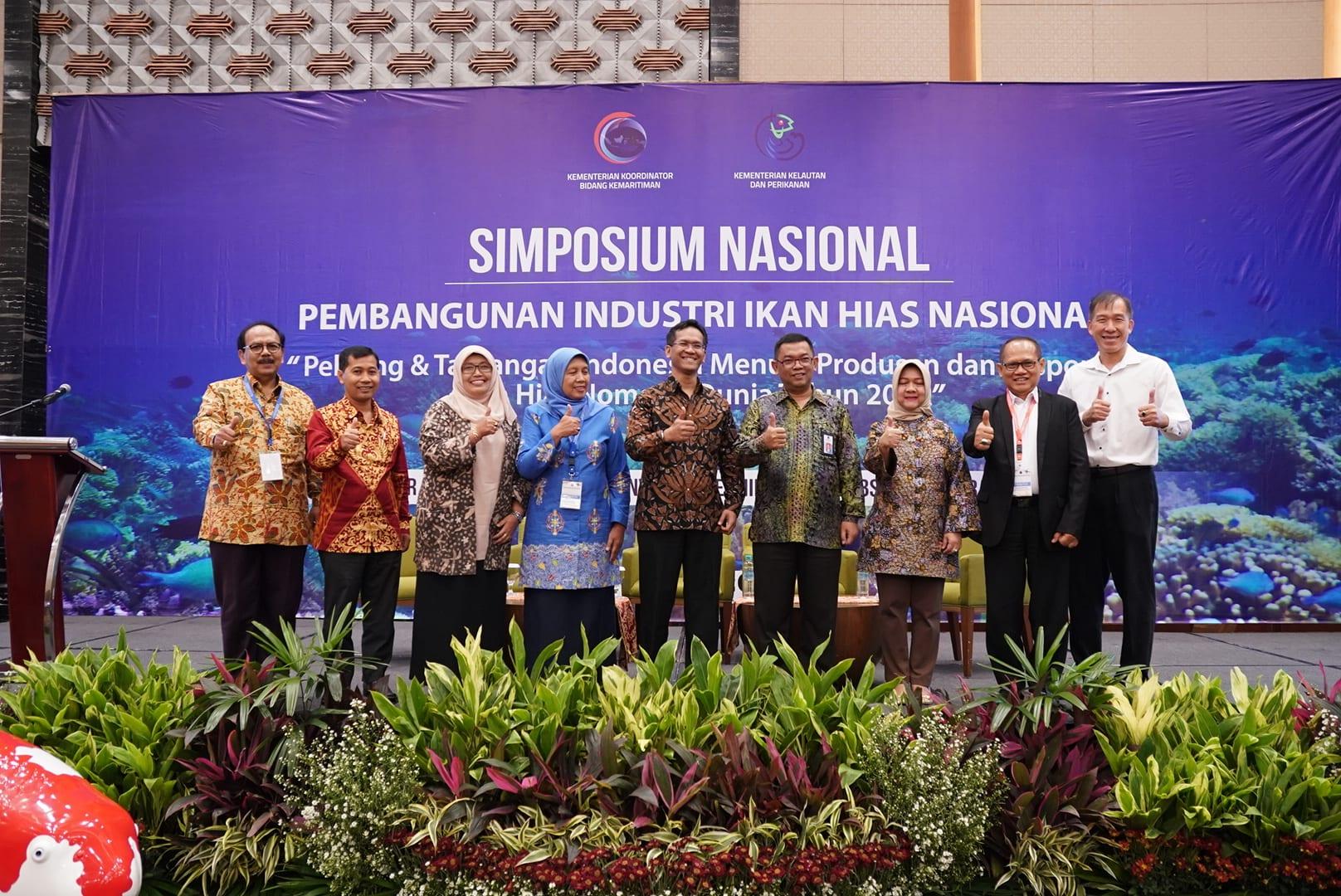 Deputi Agung Resmi Membuka Simposium Nasional Pembangunan Industri Ikan Hias