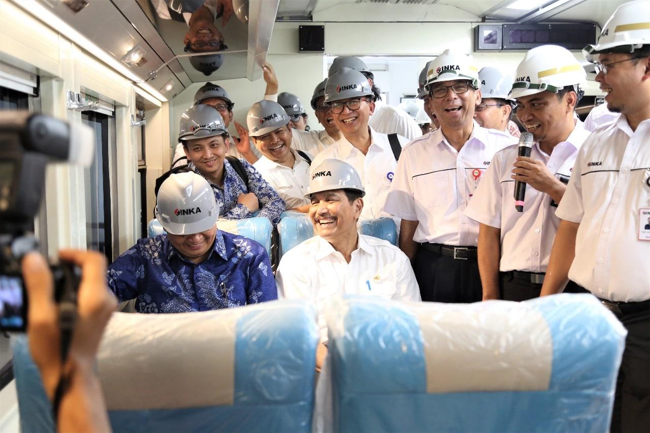 Pemerintah Dorong Sinergi BUMN dan Penggunaan Muatan Lokal dalam Industri Kereta Api