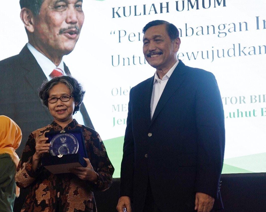 Menko Luhut Berikan Kuliah Umum Di Universitas Pembangunan Nasional Yogyakarta