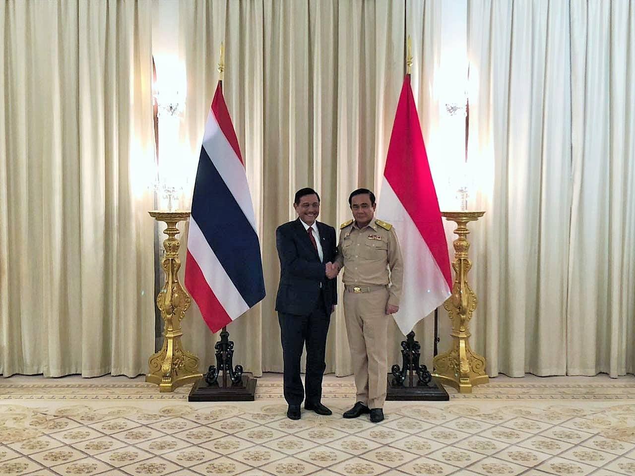 Menko Luhut Melakukan Pertemuan dengan PM Thailand