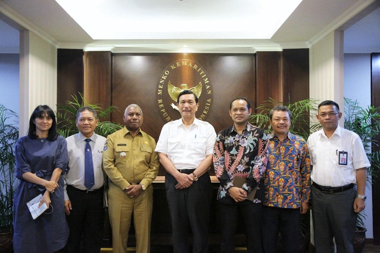 Gub_Papua_Barat-4