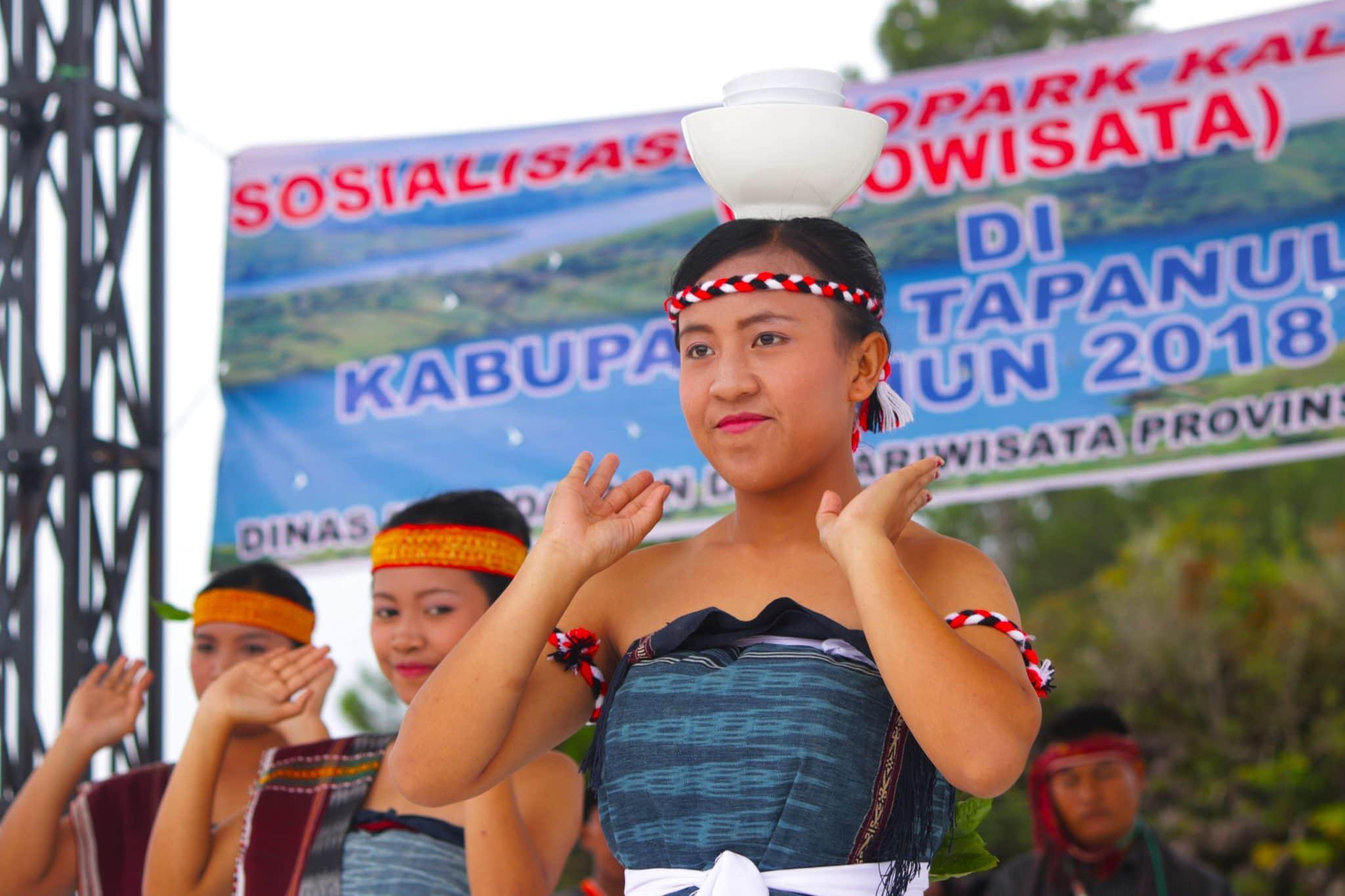 Tari-Opera-Batak