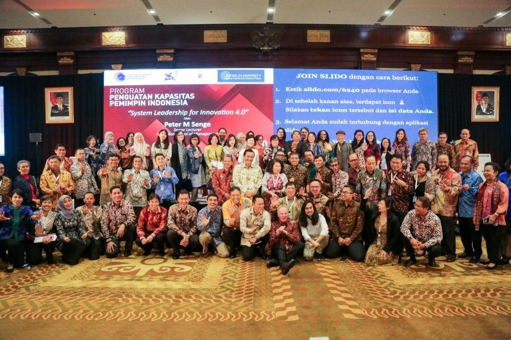 Menko Luhut Menghadiri Undangan Making Indonesia 4.0 di Hotel Bidakara