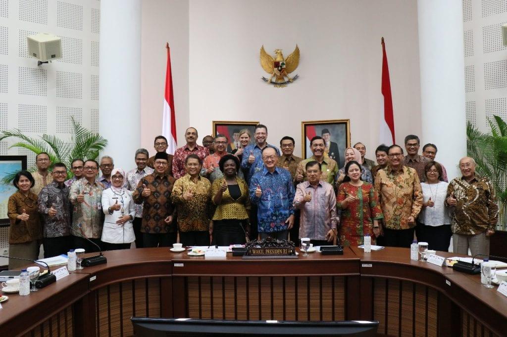 Menko Luhut: Kunjungan Presiden Bank Dunia memperkuat komitmen Indonesia memerangi sampah plastik