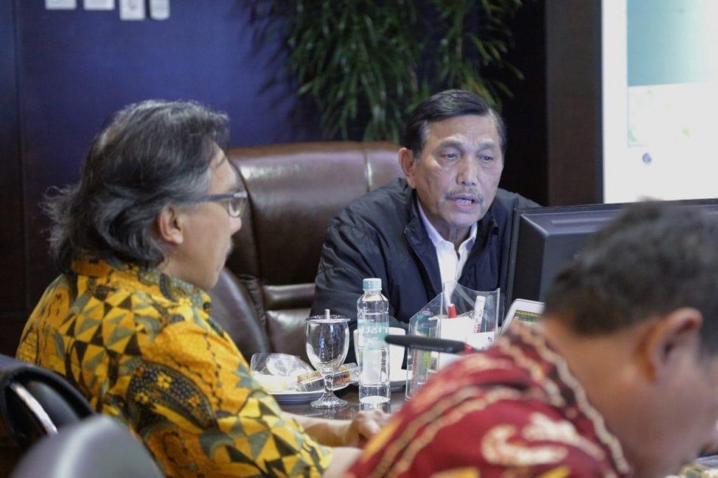 Menko Luhut Pimpin Rapat Percepatan Pembangunan Kawasan Ekonomi Khusus (KEK) Sorong dan Pencanangan Hub Energi