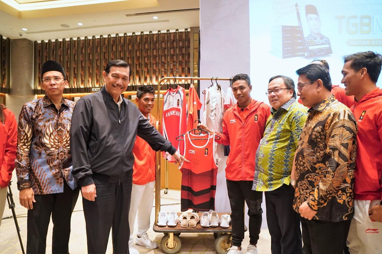 Menko Kemaritiman Luhut B. Pandjaitan menghadiri Peluncuran Buku Ikhtiar NTB