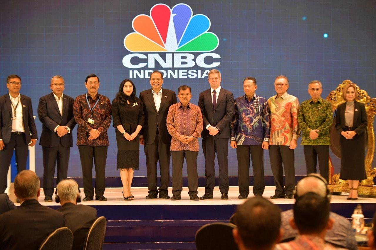 Menko Luhut Hadiri Grand Launching CNBC Indonesia