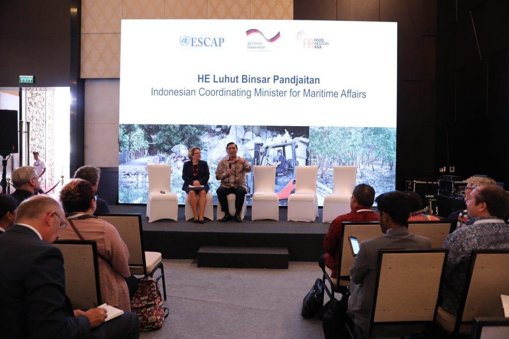Menko Luhut sampaikan Welcome Note pada Ocean Talk Session