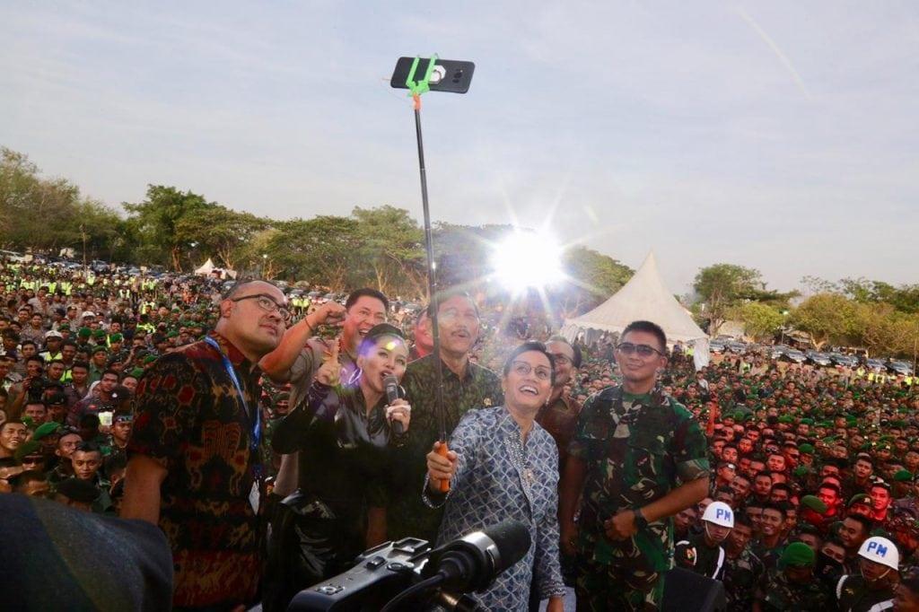 Menko Luhut menghadiri acara Panggung Sinergitas TNI Polri