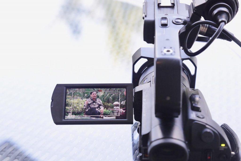 Menko Luhut Wawancara dengan Media CNN dan Katadata terkait AM IMF-WBG 2018