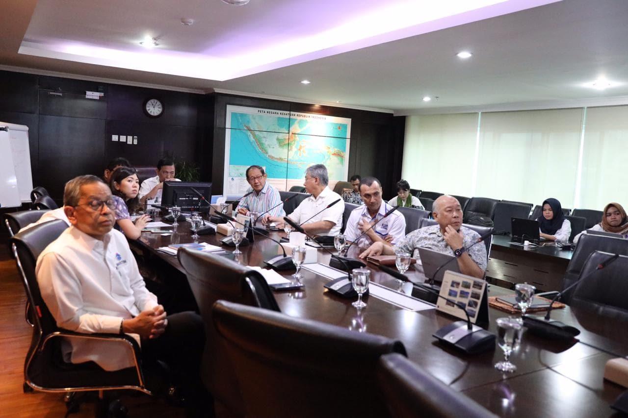 Menko Luhut Meeting Bersama Pak Hermawan Kertajaya Membahsa Kawasan Ekonomi Khusus Usaha Kecil Menengah