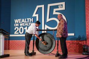 Menko Luhut Menjadi Pembicara Kunci pada Seminar Wealth on Wealth Standard Chartered