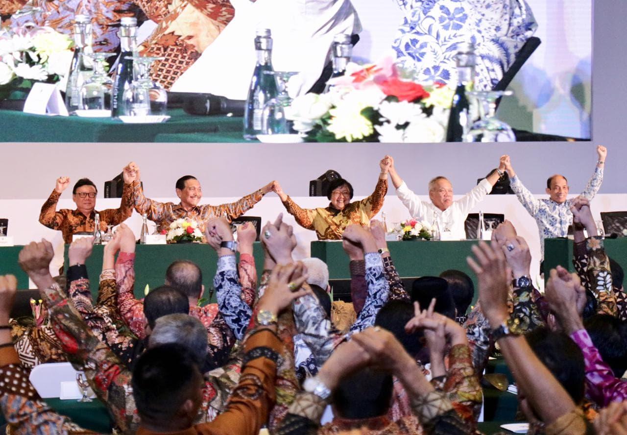 Menko Luhut : Menuntaskan Permasalahan Sampah Adalah Tugas Bersama dan Tidak Ada Kaitannya Dengan Politik