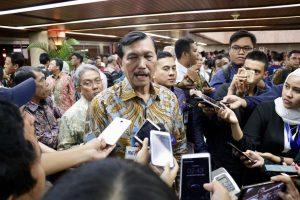 Menko Luhut Pimpin Rapat Kerja Nasional Gerakan Indonesia Bersih