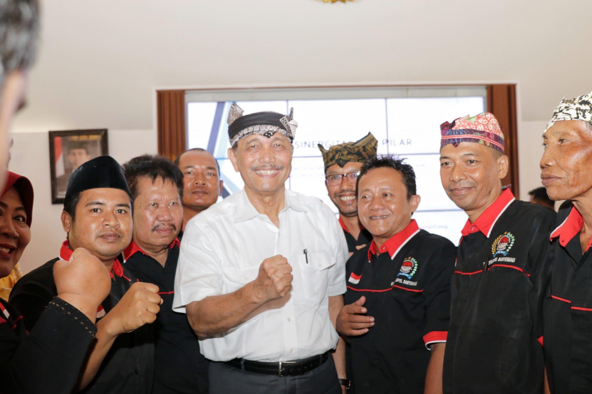 Menko Luhut Berkomitmen Permudah Birokrasi Perijinan Kapal Nelayan