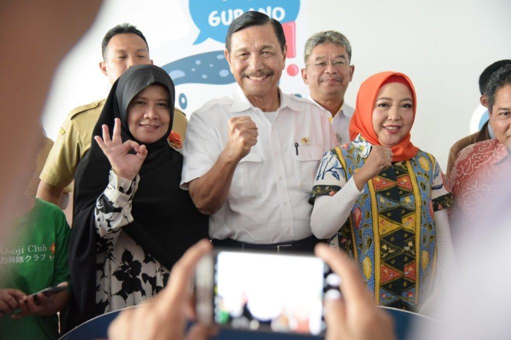 Bertemu Influencer Media Sosial dan Komunitas, Menko Luhut Galang Dukungan Publik Untuk Aksi Nyata Indonesia Bersih