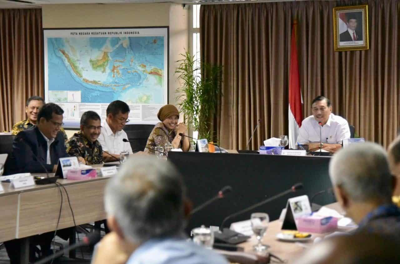 Menko Bidang Kemaritiman Luhut B. Pandjaitan Memimpin Rakor Lanjutan Percepatan Pembangunan Lrt Jabodebek