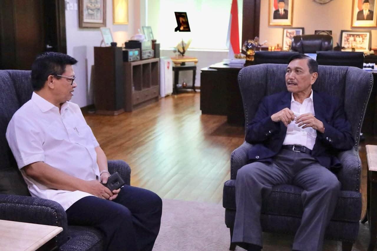 Menteri Koordinator Bidang Kemaritiman Luhut B. Pandjaitan menerima Gubernur Kalimantan Utara Irianto Lambrie