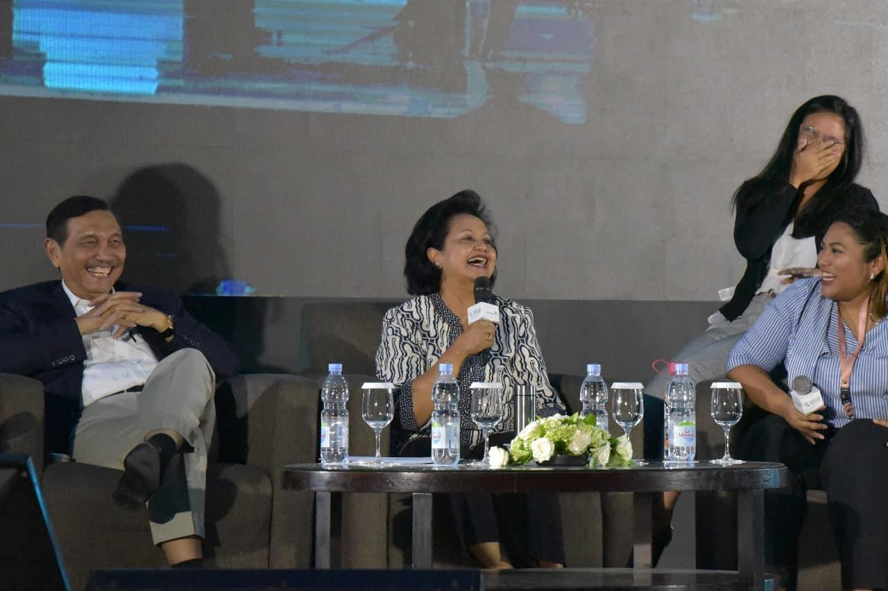 Menko Bidang Kemaritiman Luhut B. Pandjaitan dalam acara talk show wealth wisdom Permata Bank