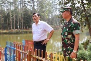 Menko Luhut Melaksanakan Peninjauan Titik 0 (Nol) KM Sungai Citarum, Bandung, Jawa Barat