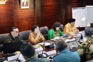 Menko Bidang Kemaritiman Luhut B. Pandjaitan Rapat Koordinasi Mengenai Realigment Flight Information Region