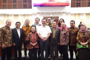 Menko Luhut memimpin Rapat Kerja Penetapan RAPBN 2020