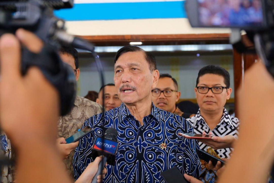 Menko Luhut Tegaskan Pentingnya Pengamanan Awak Kapal Perikanan Indonesia
