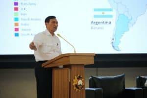 Menko Luhut B. Pandjaitan sebagai keynote speaker di semnas SESKOAL