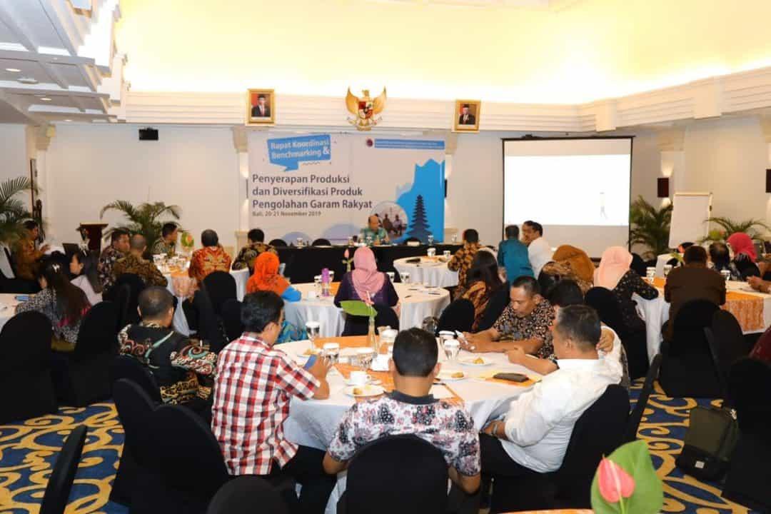Kemenko Maritim Rakor Penyerapan Produksi dan Diversifikasi Produk Pengolahan Garam Rakyat di Bali