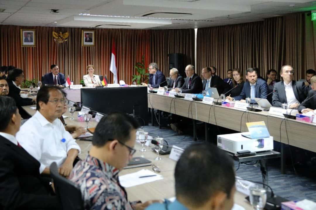 Menko Kemaritiman & Investasi Luhut B. Pandjaitan Bilateral Maritime Forum (BMF) antara Pemerintah Republik Indonesia dan Pemerintah Republik Federal Jerman