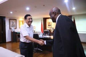 Menko Bidang Kemaritiman dan Investasi Luhut Binsar Pandjaitan *Meeting dengan Dubes Ethiopia Admasu Tsegaye* di Kantor Kemenko Marves