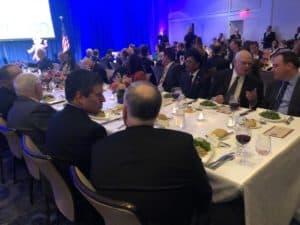 Menko Luhut memberi sambutan di Gala Dinner USINDO