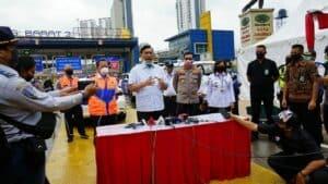 Menko Marves Sidak Tol Jakarta-Cikampek dan Stasiun Pasar Senen