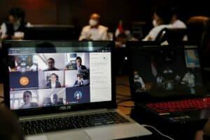 Vidcon Luhut B. Pandjaitan dengan CEO Of Google Cloud