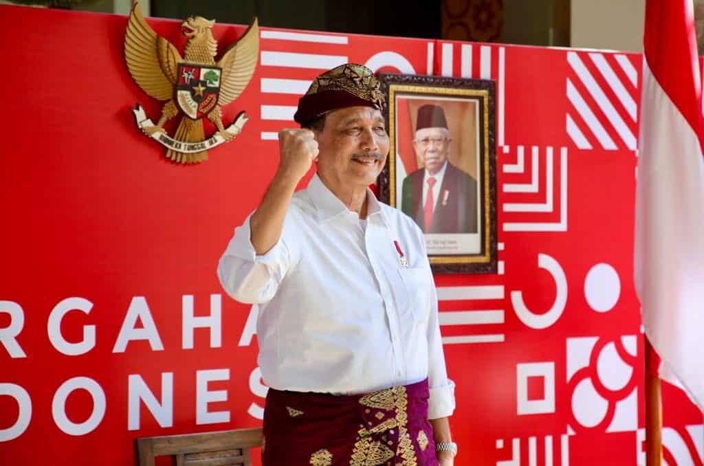 Menko Marves Luhut B. Pandjaitan Menghadiri Perluasan Pasar UMKM Untuk Percepatan Pertumbuhan Ekonomi Lokal Secara Virtual
