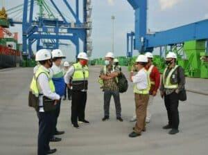 Kemenko Marves Tinjau Sarana dan Prasarana Pelabuhan Perikanan di Sulsel