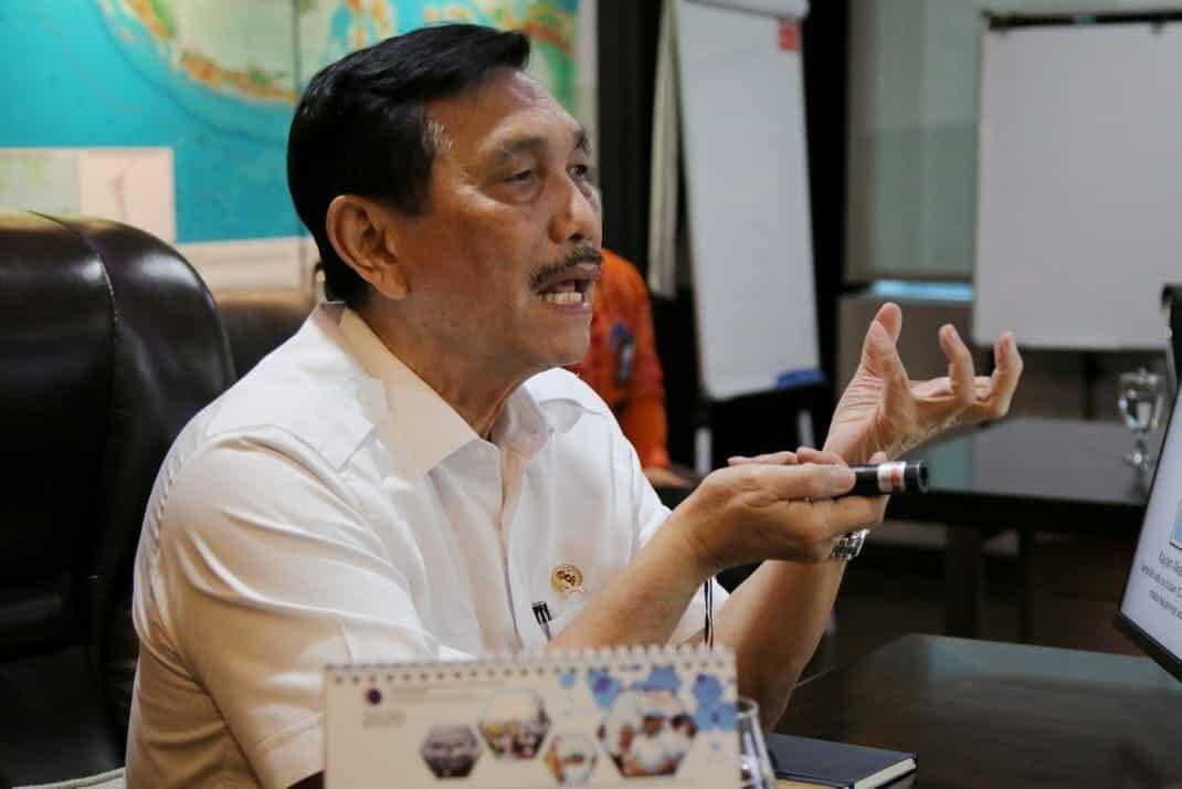 Menko Luhut Menghadiri Rapat Terkait Sengketa Maritim RI-MAL-SIN