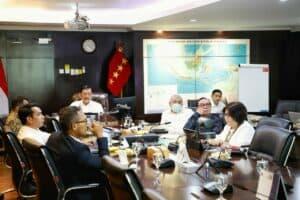 Menko Marves Luhut Melakukan Vidcon Terkait Penanganan Covid-19 Di 8 Provinsi