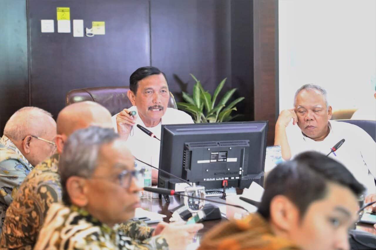 Menko Marves Melakukan Rapat Bersama Menteri PUPR