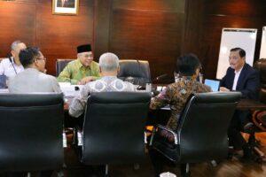 Menko Luhut Rapat Ibu Kota Negara.