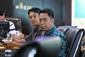 Menko Luhut Menghadiri Meeting Dengan Dr.Ir.Eddy Ihut Siahaan.