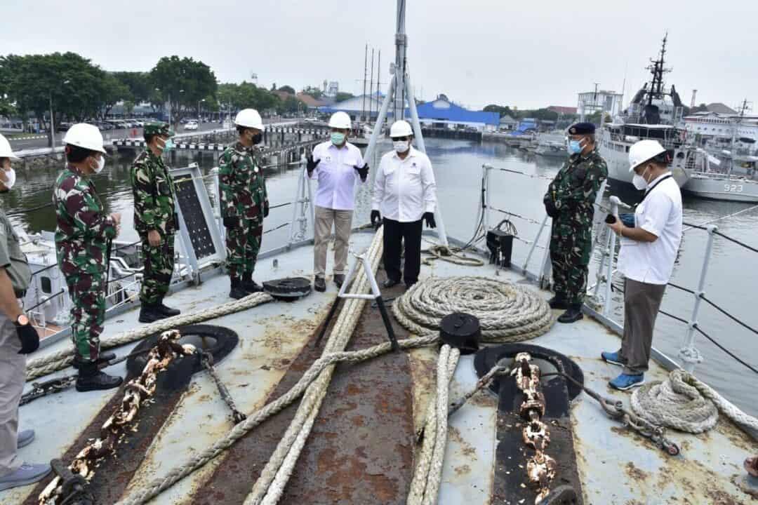 Deputi Bidang Koordinasi Sumber Daya Maritim Tinjau Eks KRI Untuk Dijadikan Terumbu Karang Buatan