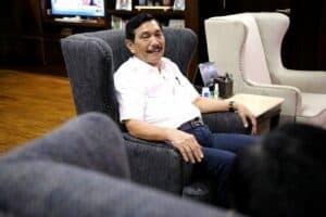 Menko Luhut Pimpin meeting dengan Menteri Pertahanan Prabowo