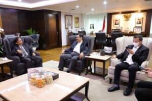 Menko Luhut Meeting dengan Menkes, di kantor Marves