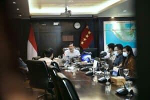 Menko Luhut memberi sambutan Penandatanganan Perjanjian KPBU