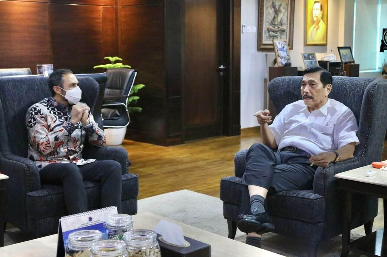 Menko Luhut Menerima Kedatangan Presiden Exxon Mobil Indonesia